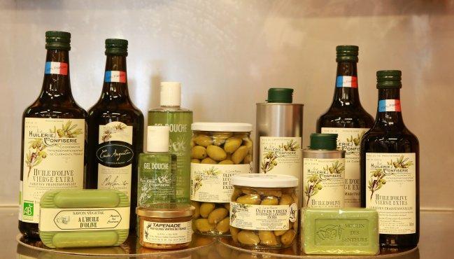 Produits du terroir – Huile d'olive, savons bio, gel douche, olives de table Lucques - Coopérative L'Oli d'Oc