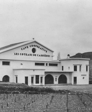 Cave coopérative de Cabrières, Hérault, 1937