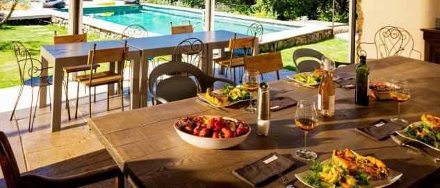 Cuisine d'été Clos des Coustoulins