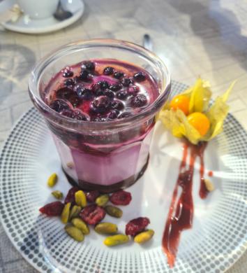 Dessert maison, Café de la Place à Octon