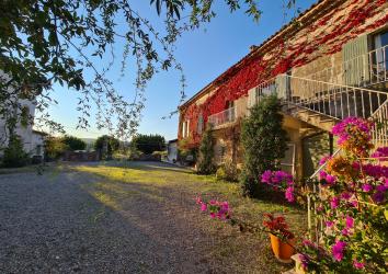 Le Domaine de Pélican, chambres d'hôtes à Gignac, à l'automne