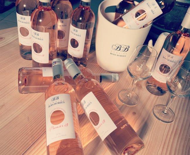 Bouteilles de rosé Bois Bories