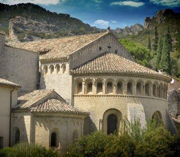 Saint-Guilhem-le-Désert-– abbaye de Gellone